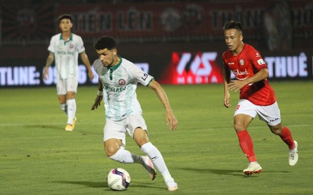 Lee Nguyễn không thi đấu, CLB TPHCM thua đậm Bình Định trên sân nhà - 5