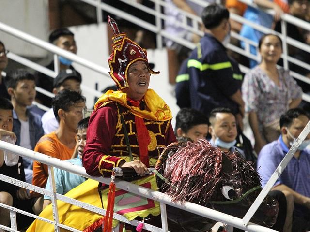 Lee Nguyễn không thi đấu, CLB TPHCM thua đậm Bình Định trên sân nhà - 8