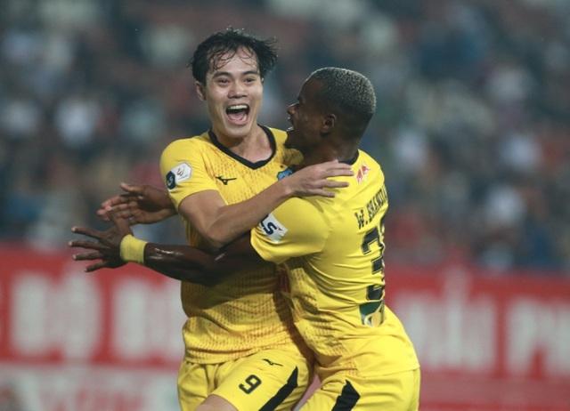 6 trận liên tiếp bất bại, HA Gia Lai sẽ bay cao ở V-League mùa này?! - 3