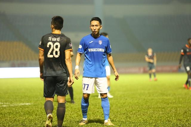 Thắng nhẹ B.Bình Dương, Than Quảng Ninh vẫn bay cao ở V-League - 2