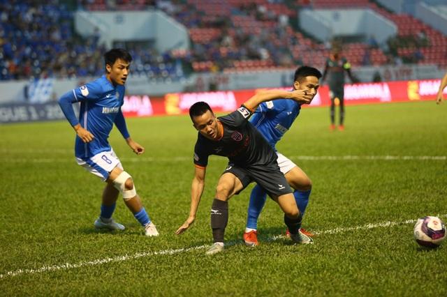 Thắng nhẹ B.Bình Dương, Than Quảng Ninh vẫn bay cao ở V-League - 1