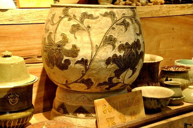 Choáng ngợp với kho tàng 50 nghìn cổ vật và 5 căn nhà cổ của Hưng đồ cổ - 2