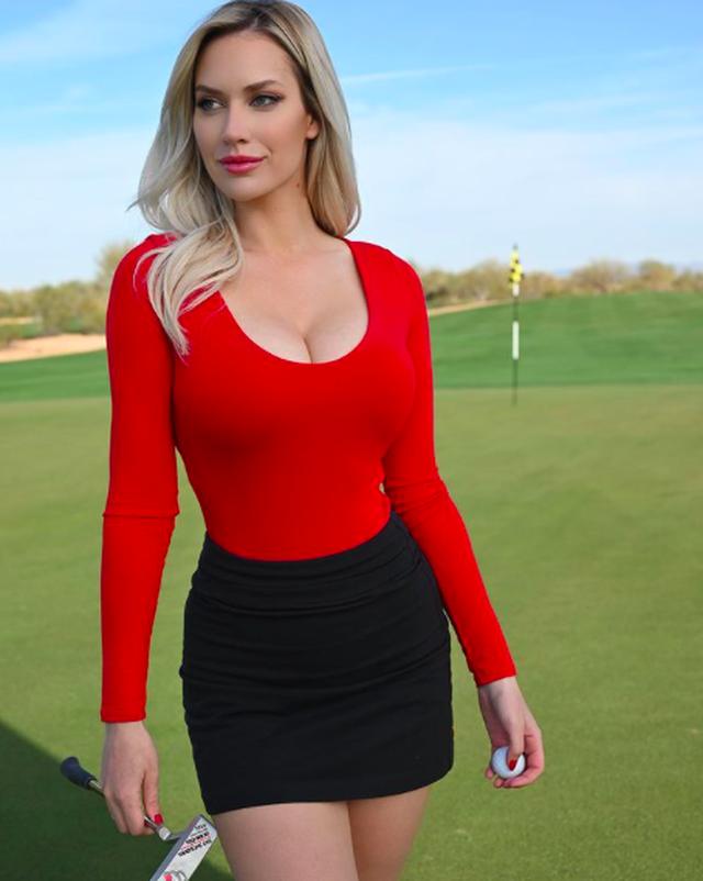 Bị xúc phạm, người đẹp làng golf phản pháo dữ dội - 3