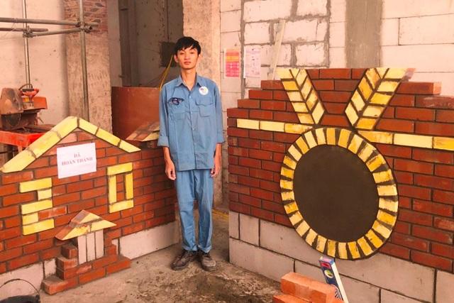 Chưa tốt nghiệp, nam sinh trường nghề ẵm giải nhất quốc gia nghề xây gạch - 2