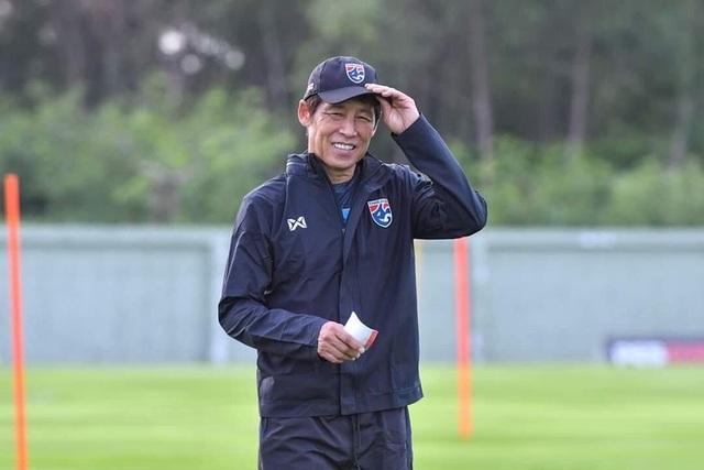 HLV Nishino: Thái Lan khó qua mặt đội tuyển Việt Nam - 1