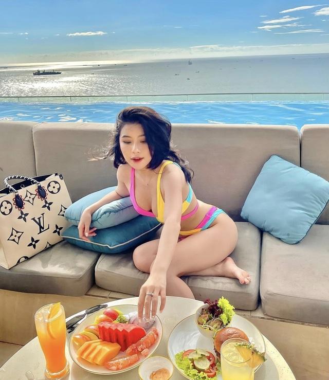 Nhịp sống hot girl: Hà Trúc công khai, Châu Bùi úp mở chuyện tình cảm - 10