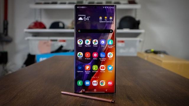 Loạt smartphone giảm giá cả chục triệu đồng đầu tháng 4 - 5