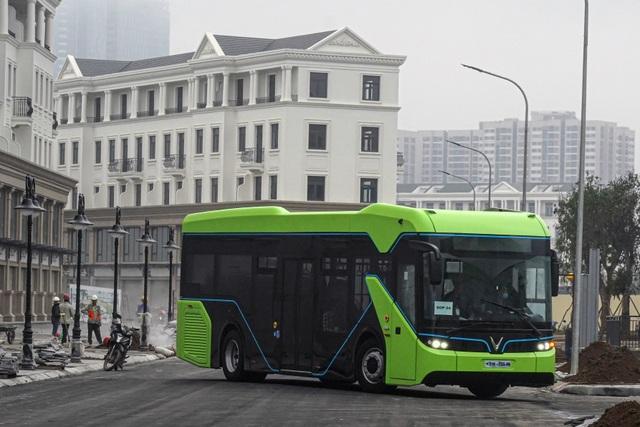 Xe buýt điện VinBus bắt đầu chạy thử nghiệm tại Hà Nội - 1