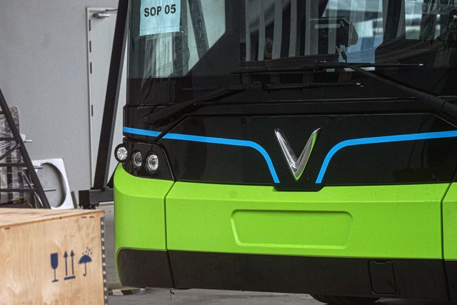 Xe buýt điện VinBus bắt đầu chạy thử nghiệm tại Hà Nội - 6