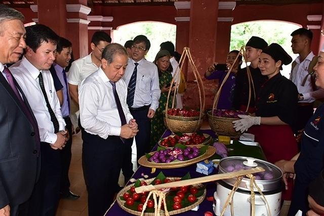 Thừa Thiên Huế: Nam sinh cũng phải học môn Nữ công gia chánh - 2