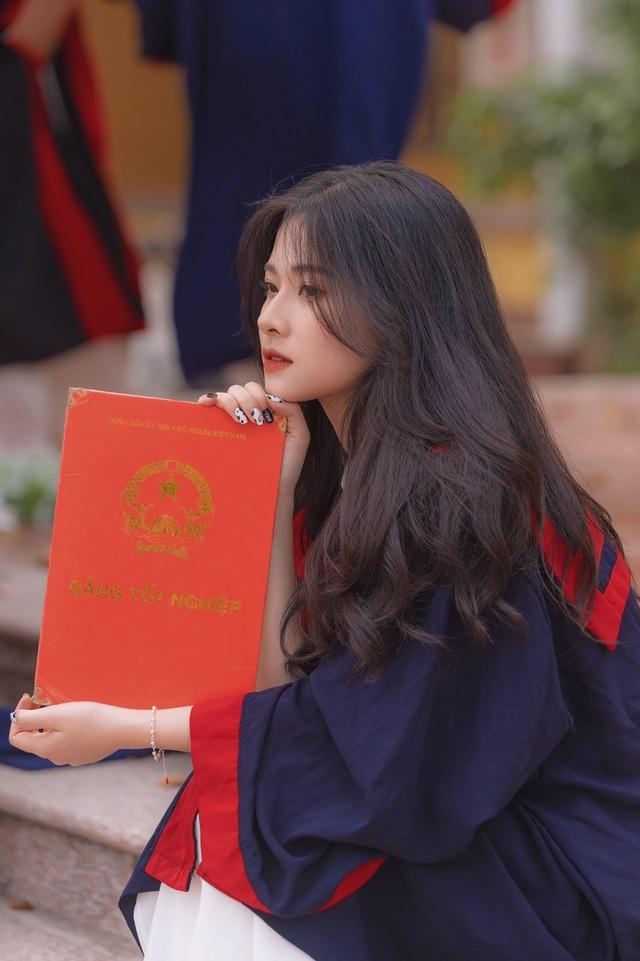 Vẻ đẹp tinh khôi của nàng thơ Bắc Giang trong ảnh kỷ yếu - 1