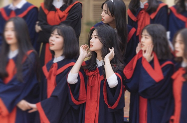 Vẻ đẹp tinh khôi của nàng thơ Bắc Giang trong ảnh kỷ yếu - 4