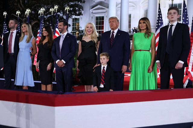 Bí quyết nuôi dạy 5 người con thành công của ông Trump - 3