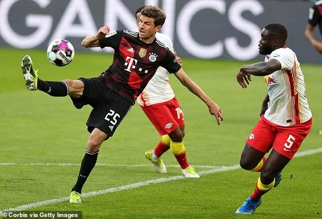 Bayern Munich tiến sát ngôi vô địch, Haaland bất lực cùng Dortmund - 3