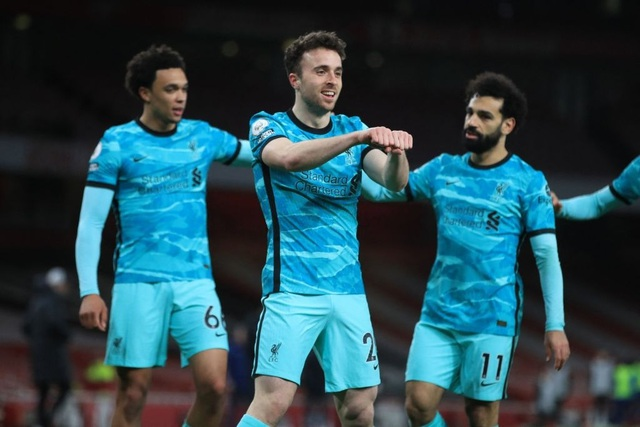 Arsenal 0-3 Liverpool: Bùng nổ trong 18 phút - 1