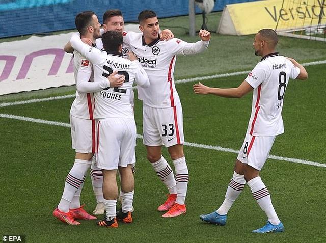 Bayern Munich tiến sát ngôi vô địch, Haaland bất lực cùng Dortmund - 7