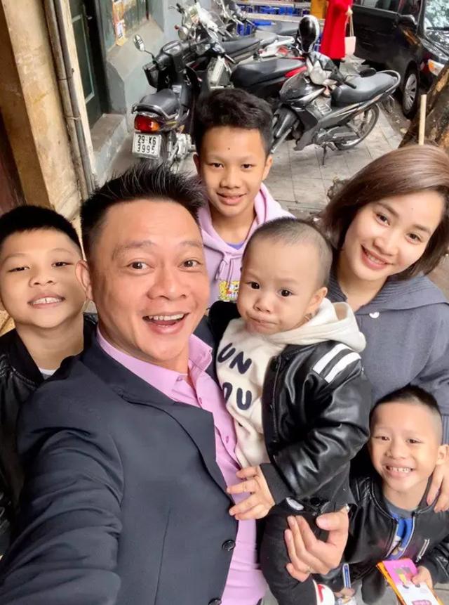 Ông bố đông con nhất VTV: Vợ chồng lục đục suốt ngày vì chuyện con cái - 3