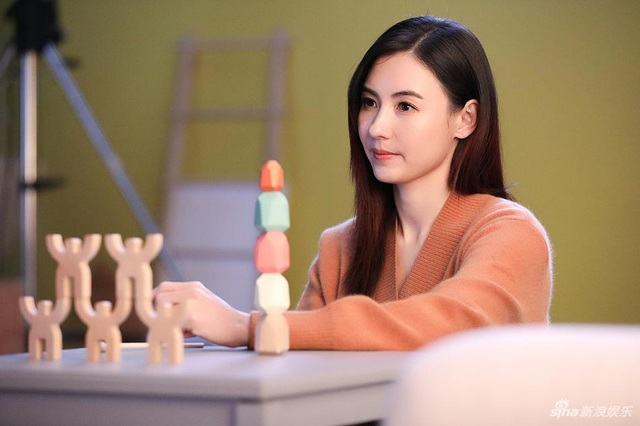 Trương Bá Chi sống dư dả và giàu có dù làm mẹ đơn thân - 10