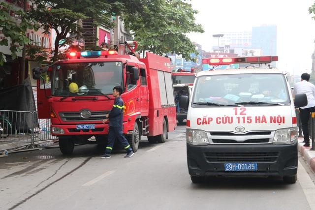 Hà Nội: Cháy lớn ở cửa hàng đồ sơ sinh, 4 người trong gia đình tử vong - 11
