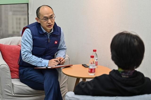 Nghề cứu vãn hôn nhân bên bờ vực thẳm nở rộ ở Trung Quốc - 1