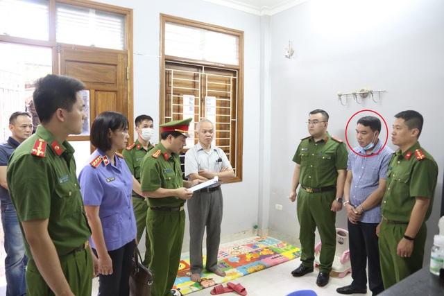 Bắt một tổng giám đốc liên quan vụ đấu thầu thiết bị y tế ở Sơn La - 1