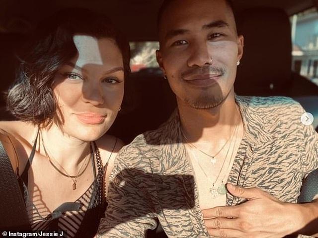 Hé lộ bạn trai gốc Việt bốc lửa của ca sĩ Jessie J - 3
