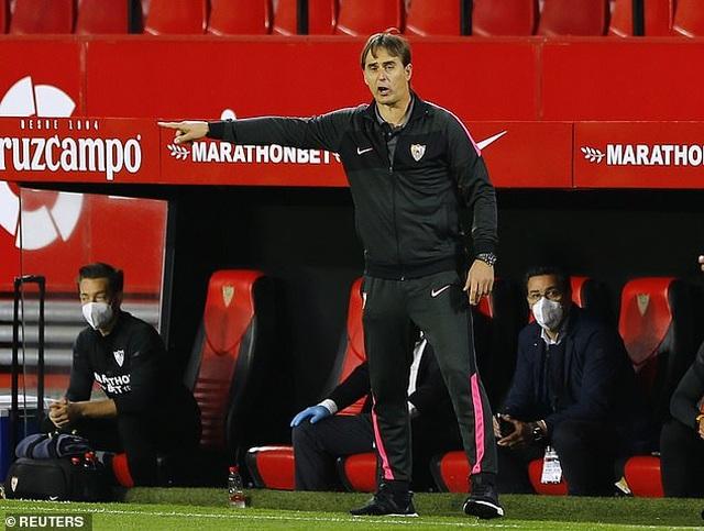 Luis Suarez gây thất vọng, Atletico thua cay đắng Sevilla - 8