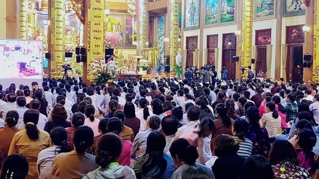 Vụ cúng oan gia trái chủ tại chùa Ba Vàng: Bác đơn khởi kiện của bà Yến - 2