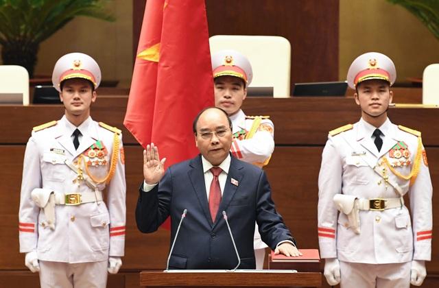 Tân Chủ tịch nước Nguyễn Xuân Phúc tuyên thệ nhậm chức - 5