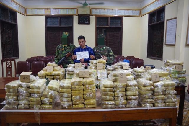 Lô ma túy khủng thu từ vụ án xuyên quốc gia - 1