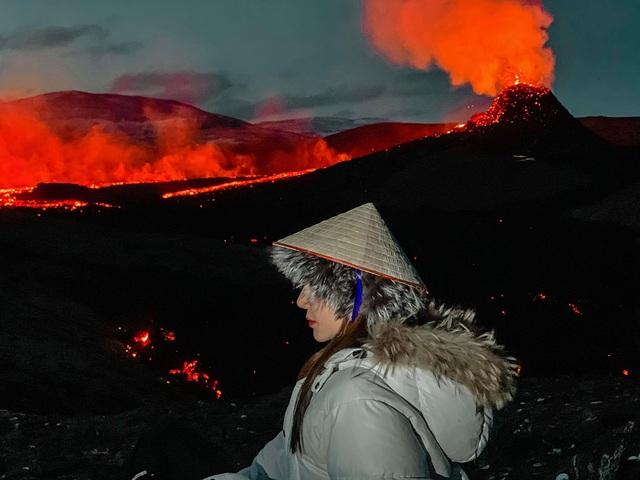 Cô gái Việt kể trải nghiệm ngắm núi lửa độc đáo 6000 năm mới có - 2