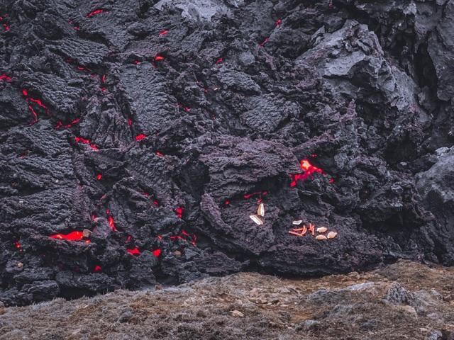 Cô gái Việt kể trải nghiệm ngắm núi lửa độc đáo 6000 năm mới có - 4