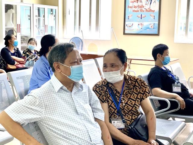 Người đàn ông vượt qua ung thư phổi 15 năm - 1