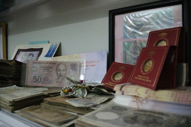 Kỷ lục gia 9x sở hữu bộ sưu tập tiền đồ sộ nhất Việt Nam - 5