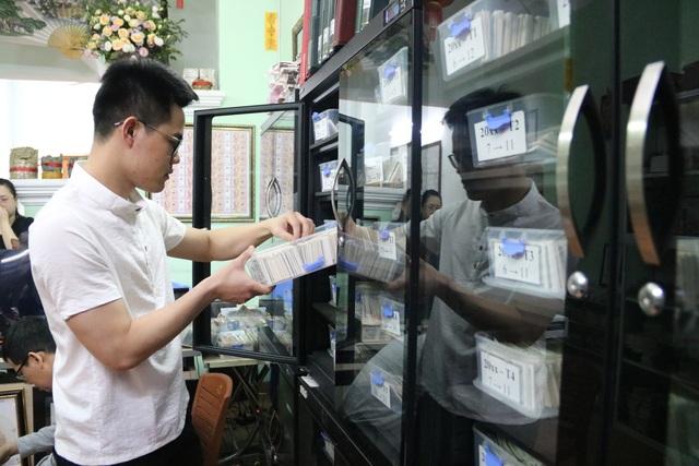 Kỷ lục gia 9x sở hữu bộ sưu tập tiền đồ sộ nhất Việt Nam - 6