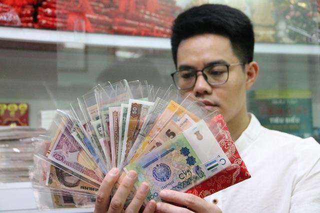 Kỷ lục gia 9x sở hữu bộ sưu tập tiền đồ sộ nhất Việt Nam - 1