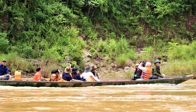 Khám phá vẻ đẹp hoang sơ ở mảnh đất có đường biên giới dài nhất xứ Nghệ - 1