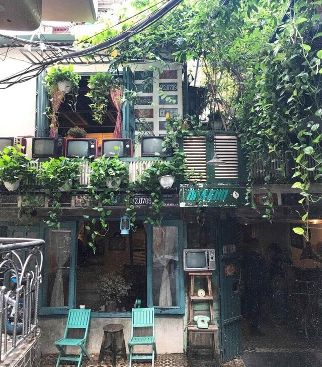 Những quán cà phê làm từ đồ tái chế, kêu gọi bảo vệ môi trường ở Hà Nội - 10