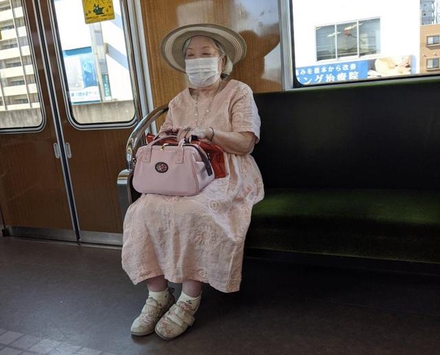 Muôn kiểu thời trang dị của người Nhật Bản - 1