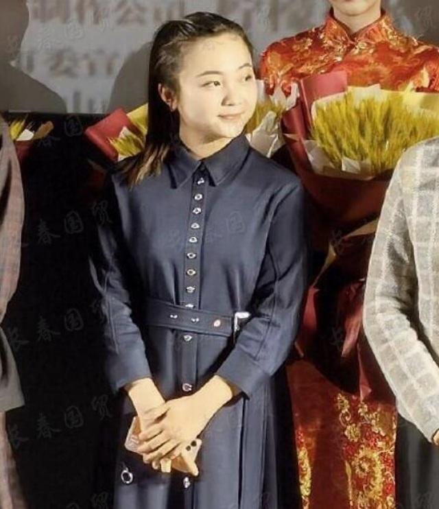 Bé gái Olympic Lâm Diệu Khả ở tuổi 21: Có còn ai nhận ra? - 2