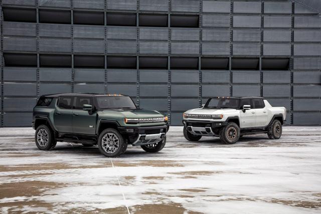 Hummer EV SUV mỗi lần sạc điện chạy được gần 500km - 11