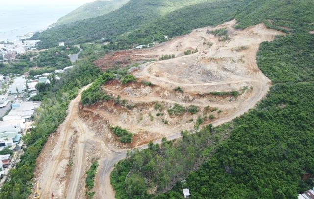 Dự án được phép dùng 64 tấn thuốc nổ xẻ núi, dân lo lắng bất an - 1