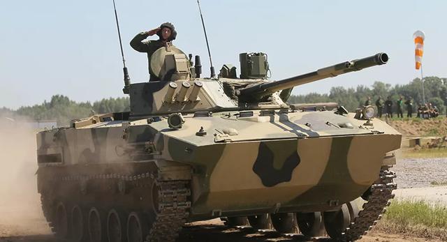 5 vũ khí bom tấn của Nga khiến Ukraine dè chừng - 3