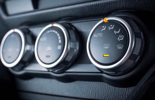 Ô tô ngốn xăng: Tài xế bỏ thói quen dưới đây sẽ thấy cải thiện - 3