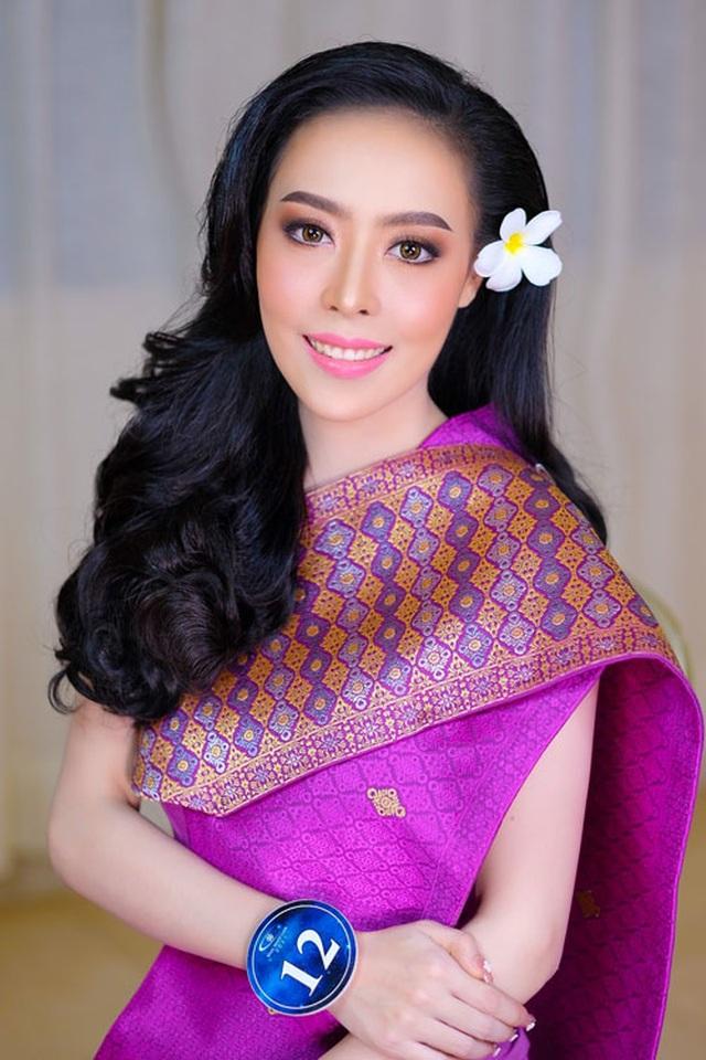 Nhan sắc hoa hậu Lào vừa trả lại vương miện vì nghi án khai gian tuổi - 3
