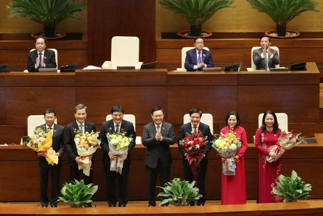 Ủy ban Thường vụ Quốc hội có 5 Ủy viên mới - 2