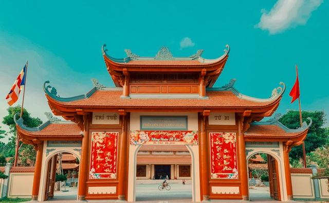 Vịnh Hạ Long thu nhỏ đẹp như tiên cảnh ở An Giang - 1