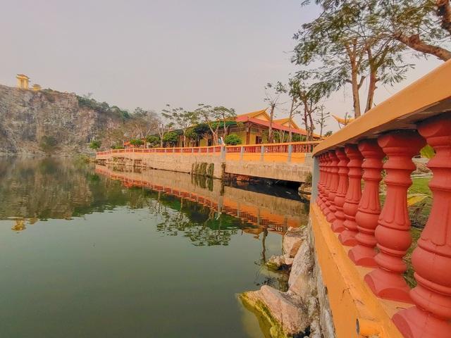 Vịnh Hạ Long thu nhỏ đẹp như tiên cảnh ở An Giang - 9