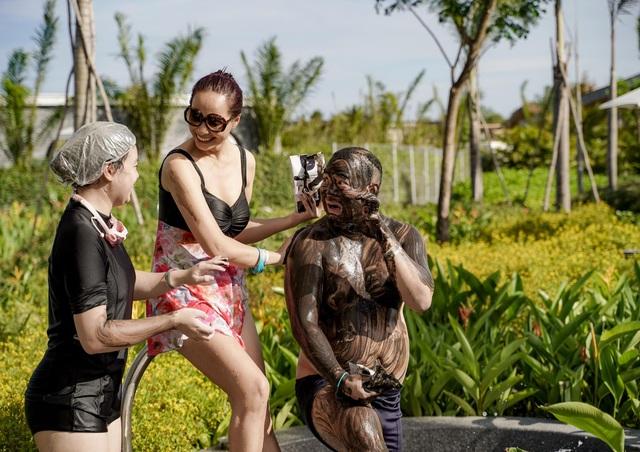 Cựu siêu mẫu Thúy Hạnh đăng ảnh chồng đen thui khiến dân mạng cười xỉu - 5