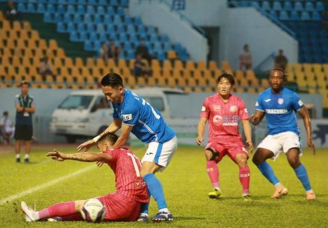 Đánh bại Sài Gòn FC, Than Quảng Ninh vươn lên dẫn đầu V-League - 2